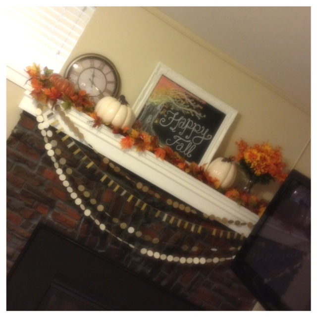Fall Downstairs Mantel 2