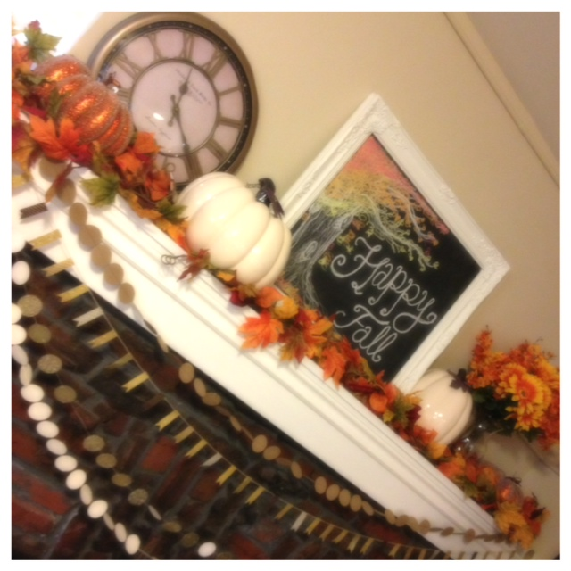 Fall Downstairs Mantel 3