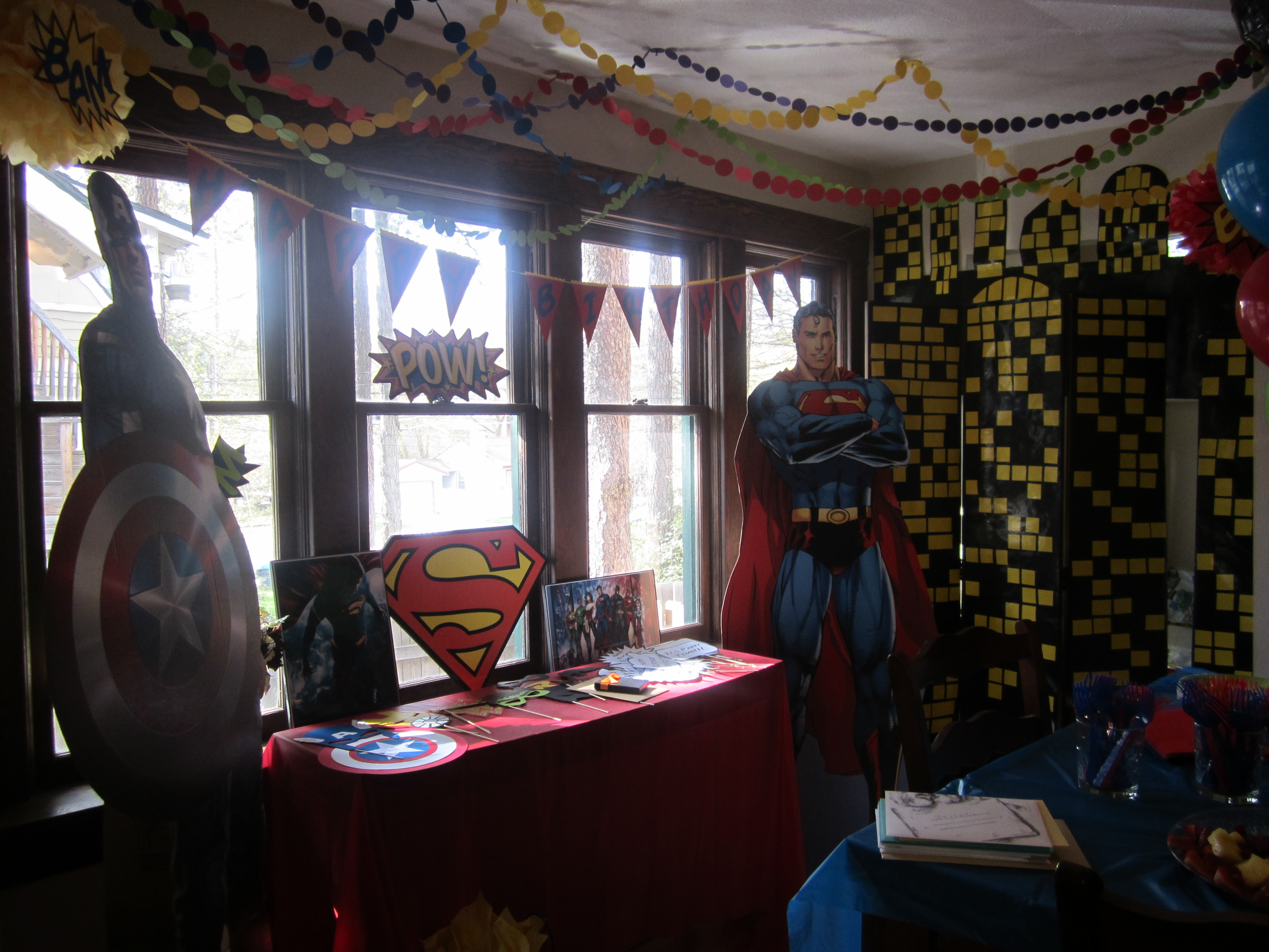 Superhero party every day should sparkle for Diy birthday party decorations for adults
